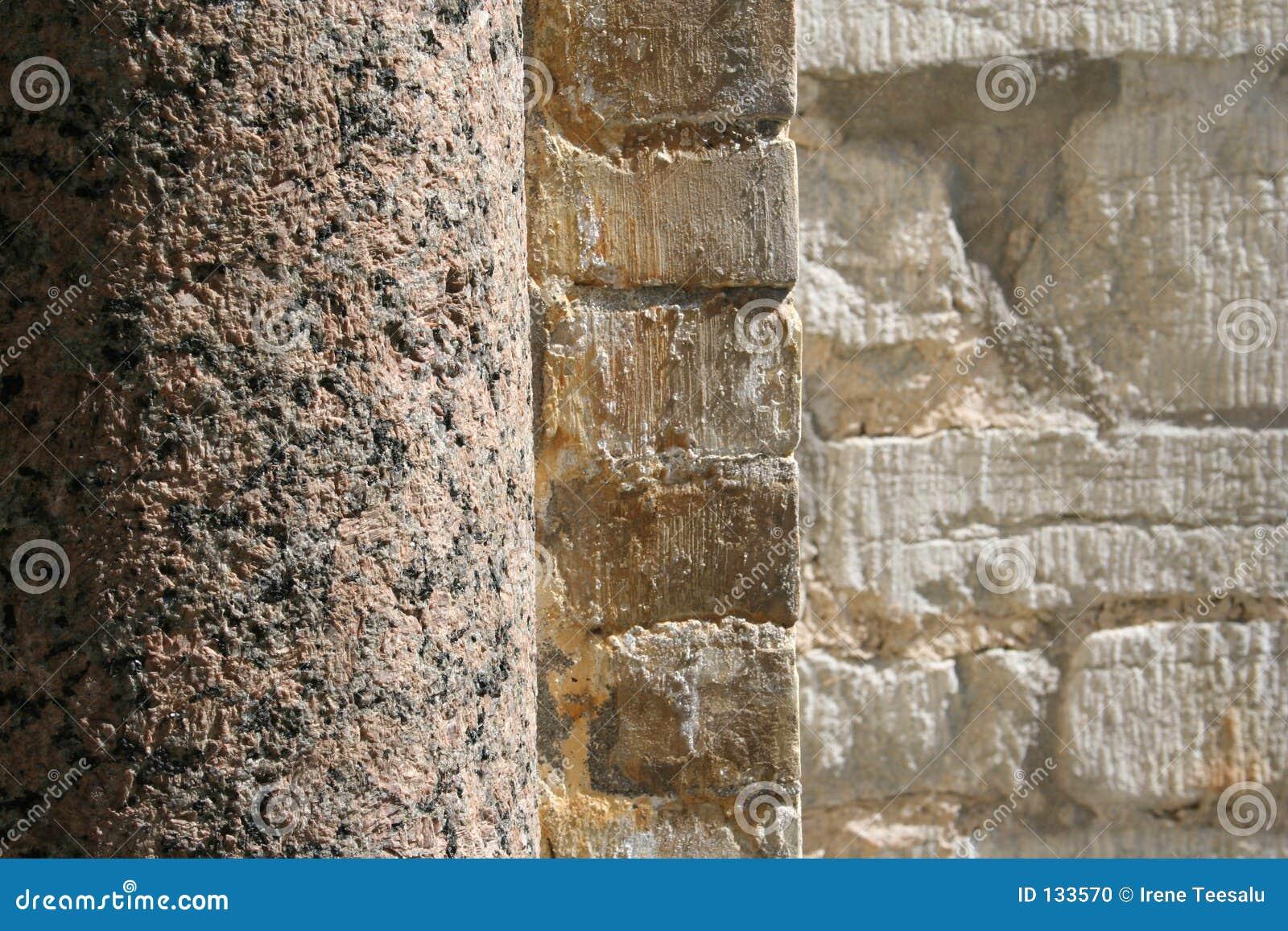 De kolom en de muur van de steen stock foto afbeelding 133570 - Muur steen duidelijk ...