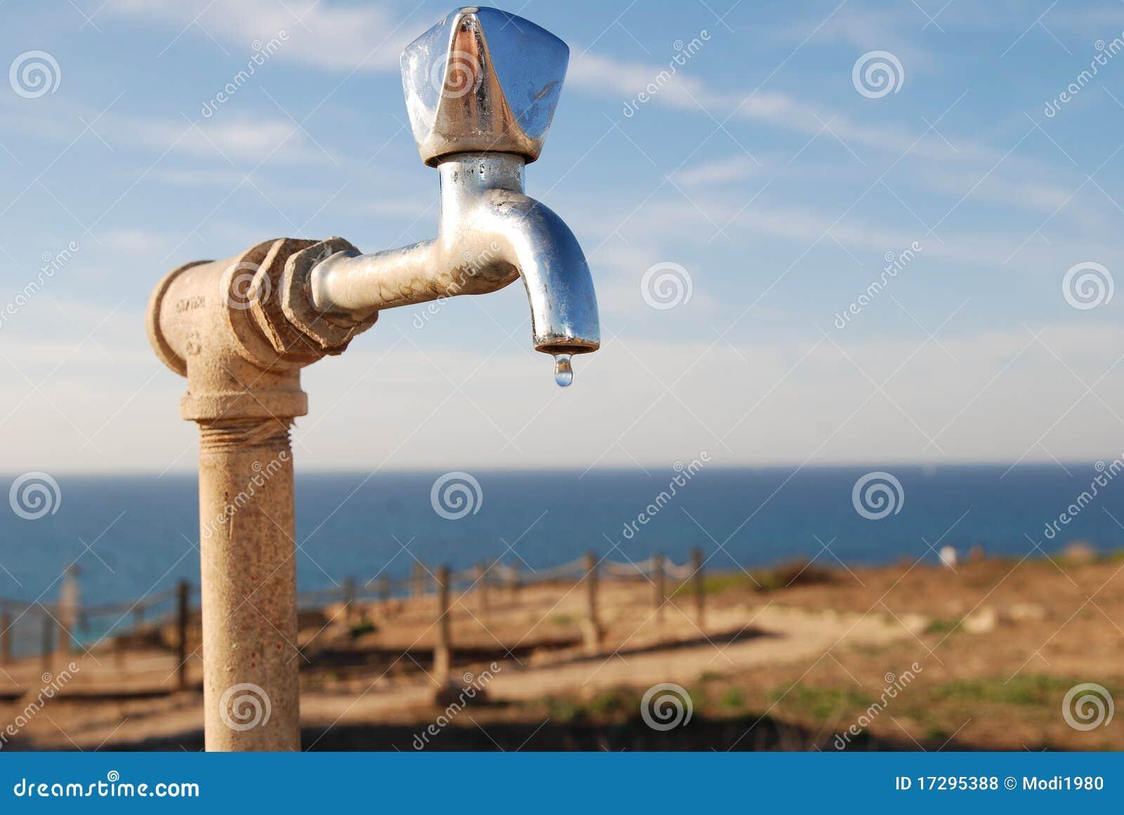 De kraan van het water