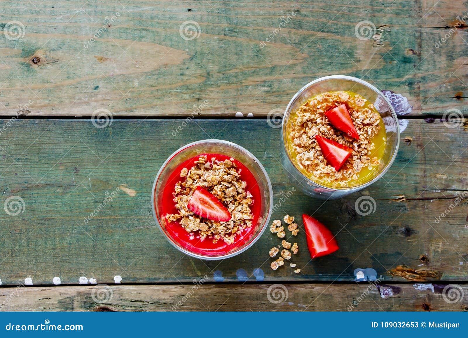 De kruiken van het veganistontbijt