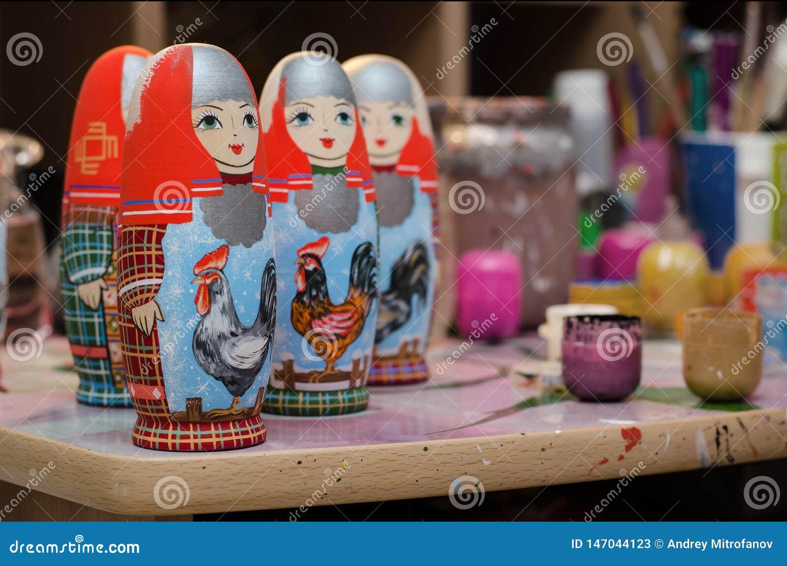 De kunstenaars` s Studio Doll Matryoshka