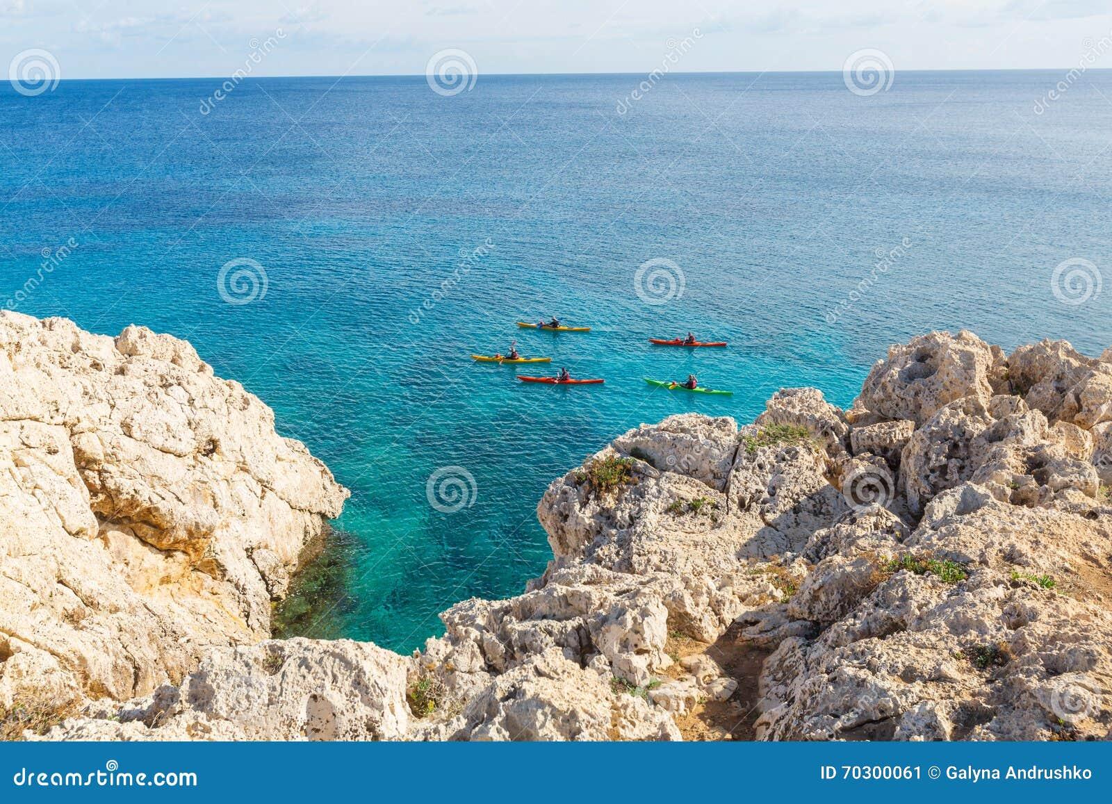 De kust van Cyprus