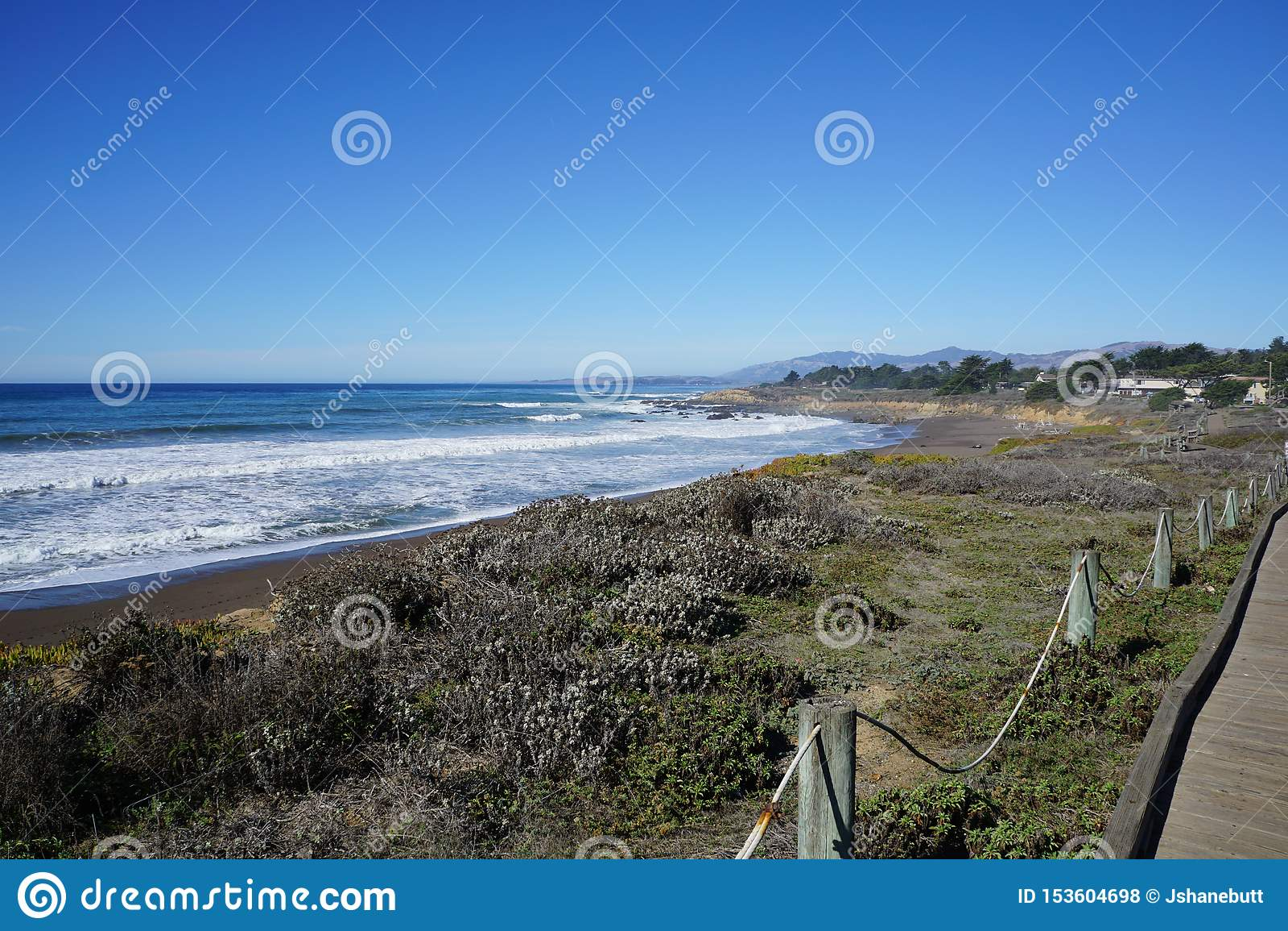 De Kustlijn van Californië wat zuiden van San Francisco