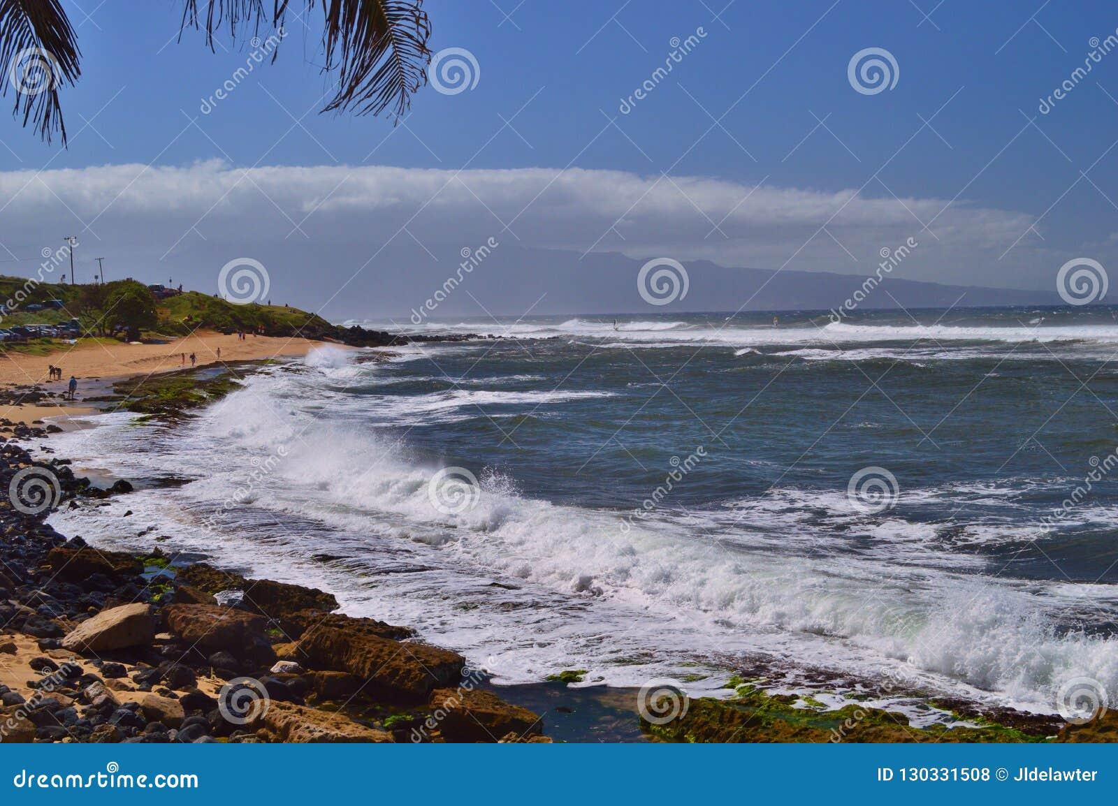 De Kustlijn van Maui