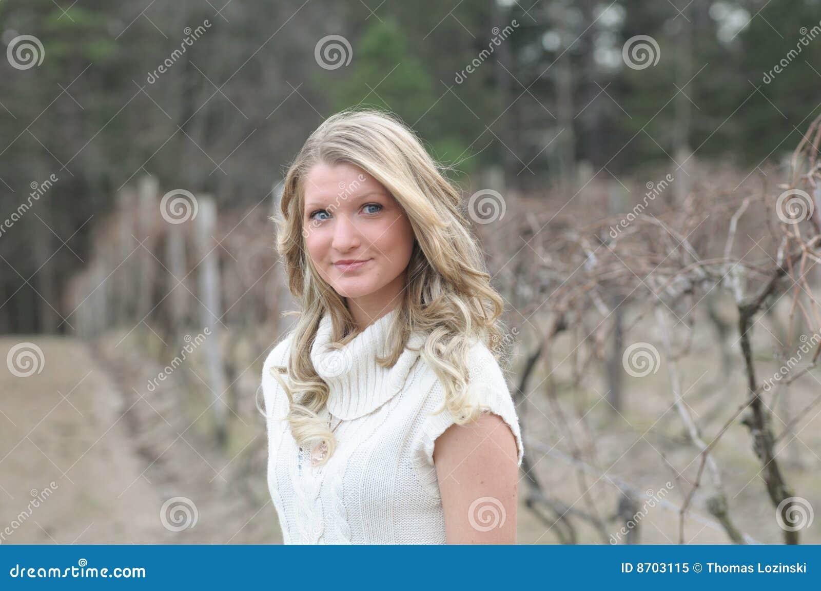 De l adolescence blond à l extérieur