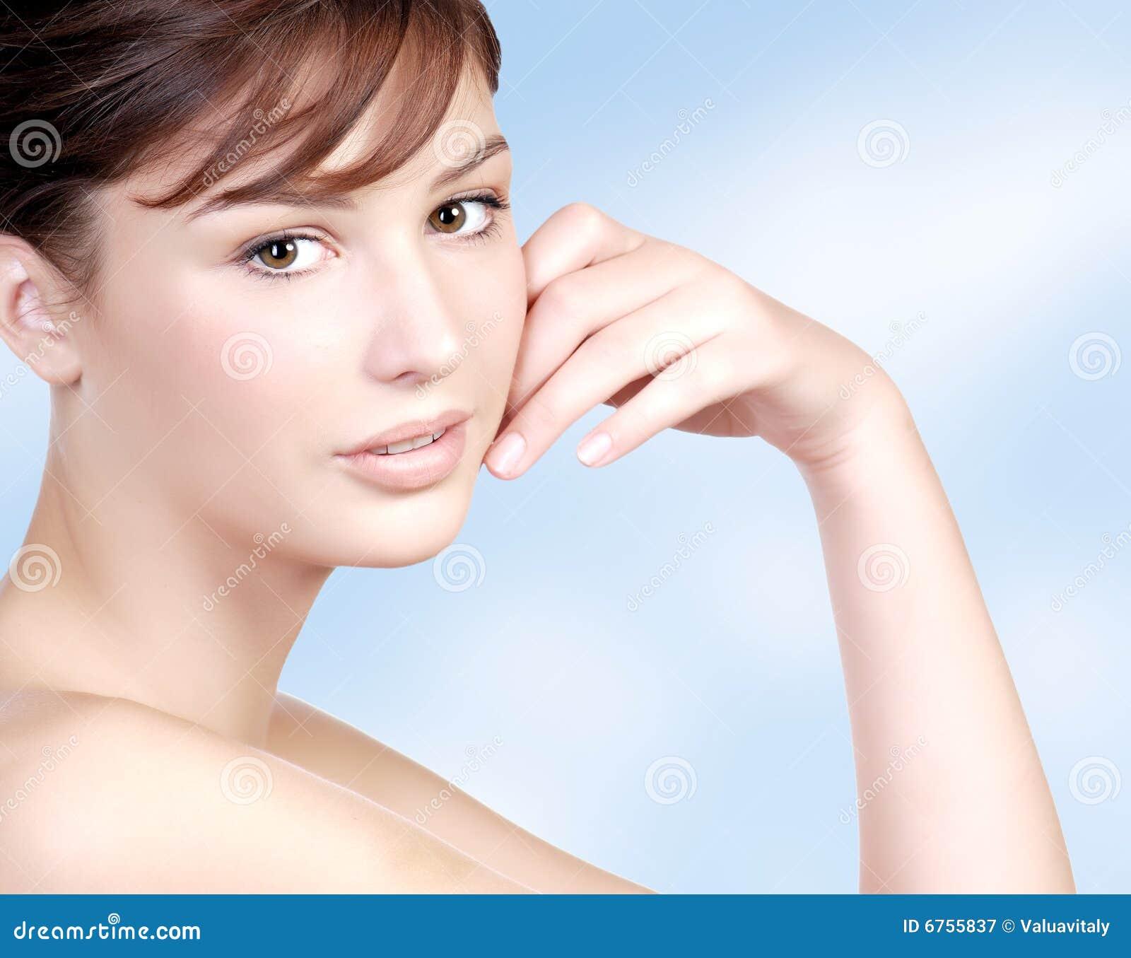 La peau a l'adolescence : petits et grands problmes de