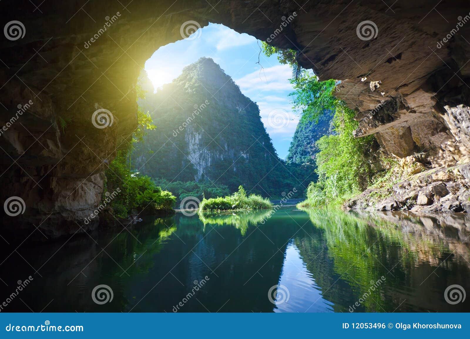 De la gruta