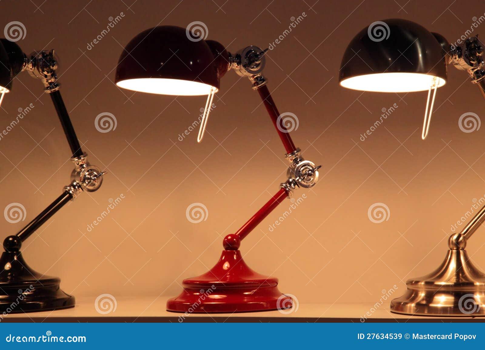 De lamp van het bureau