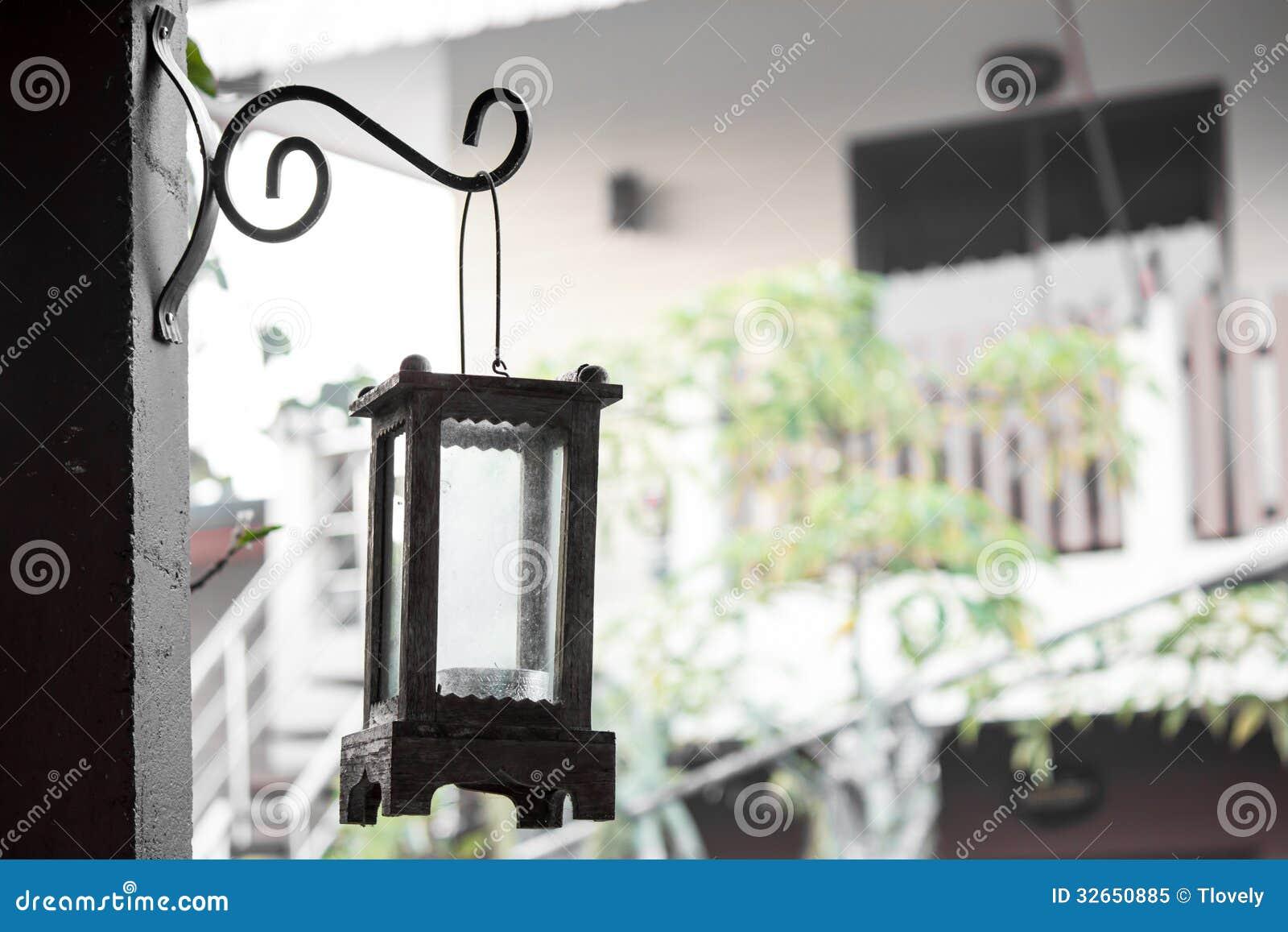 De Lamp Van Het Tuinhuis Verfraait Wijnoogst Stock Fotografie ...