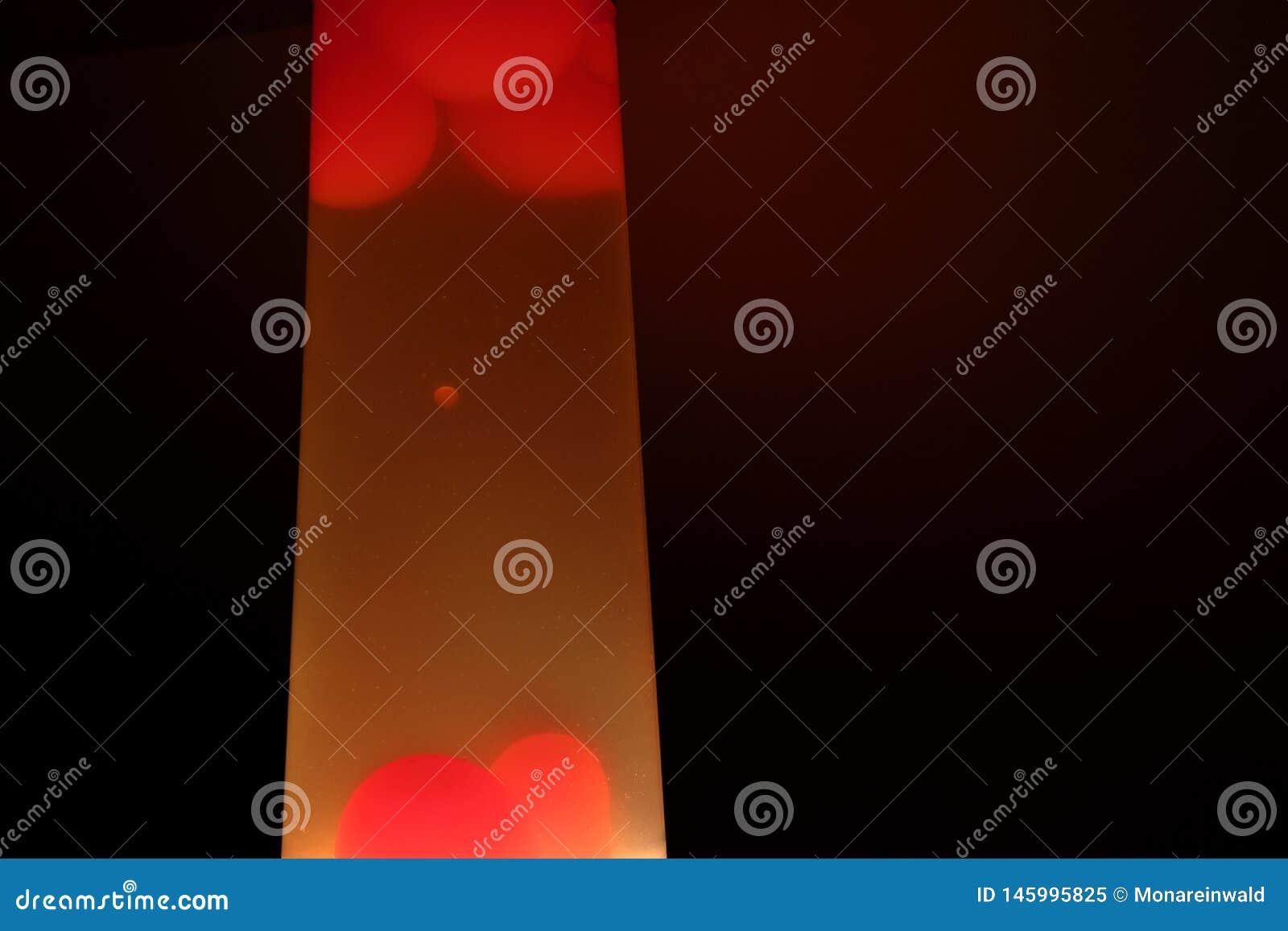 De lamp van de lava Samenvatting ge?soleerde samenstelling