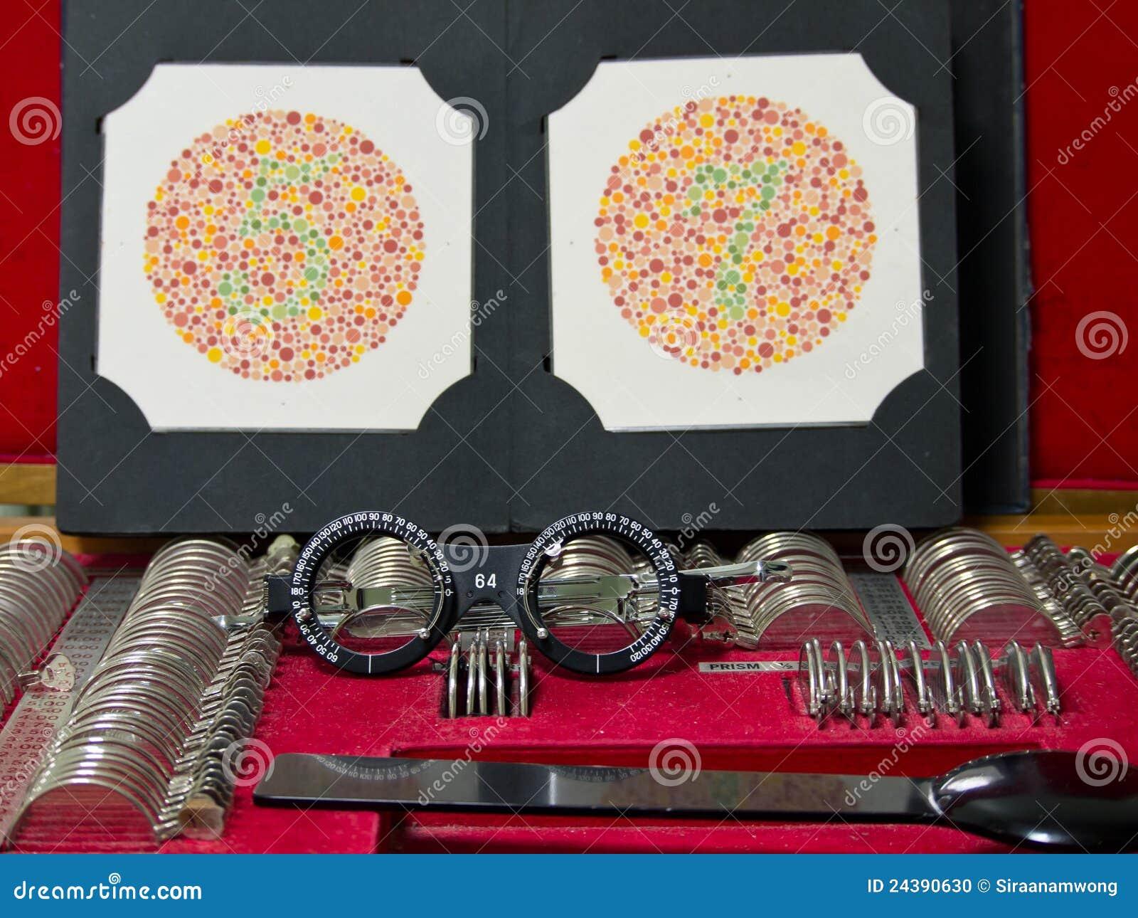 De lens van de optometrie, oogglazen en kleuren blinde test