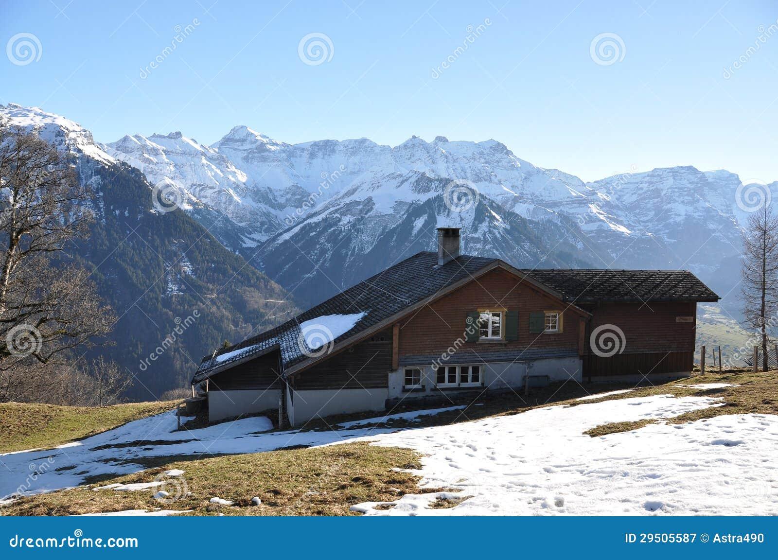 De lente in Braunwald, Zwitserse het ski?en toevlucht