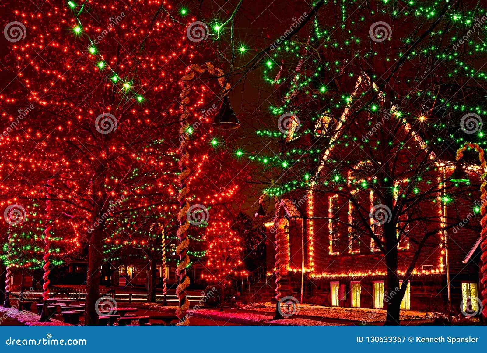 De lichten van het Dorpskerstmis van Ohio