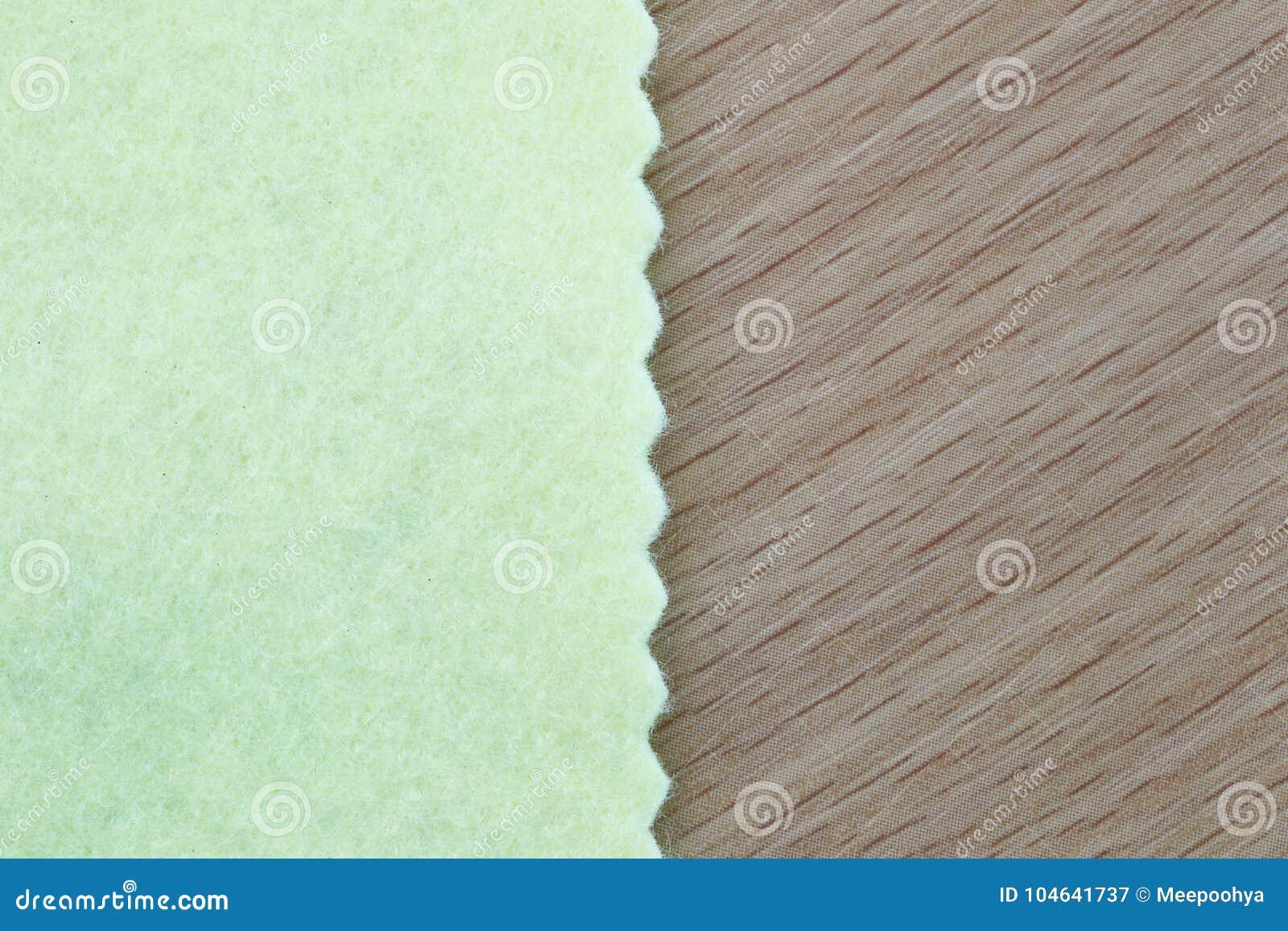 Download De Lichtgroene Stof Op Bruine Houten En Heeft Exemplaarruimte Stock Afbeelding - Afbeelding bestaande uit up, patroon: 104641737