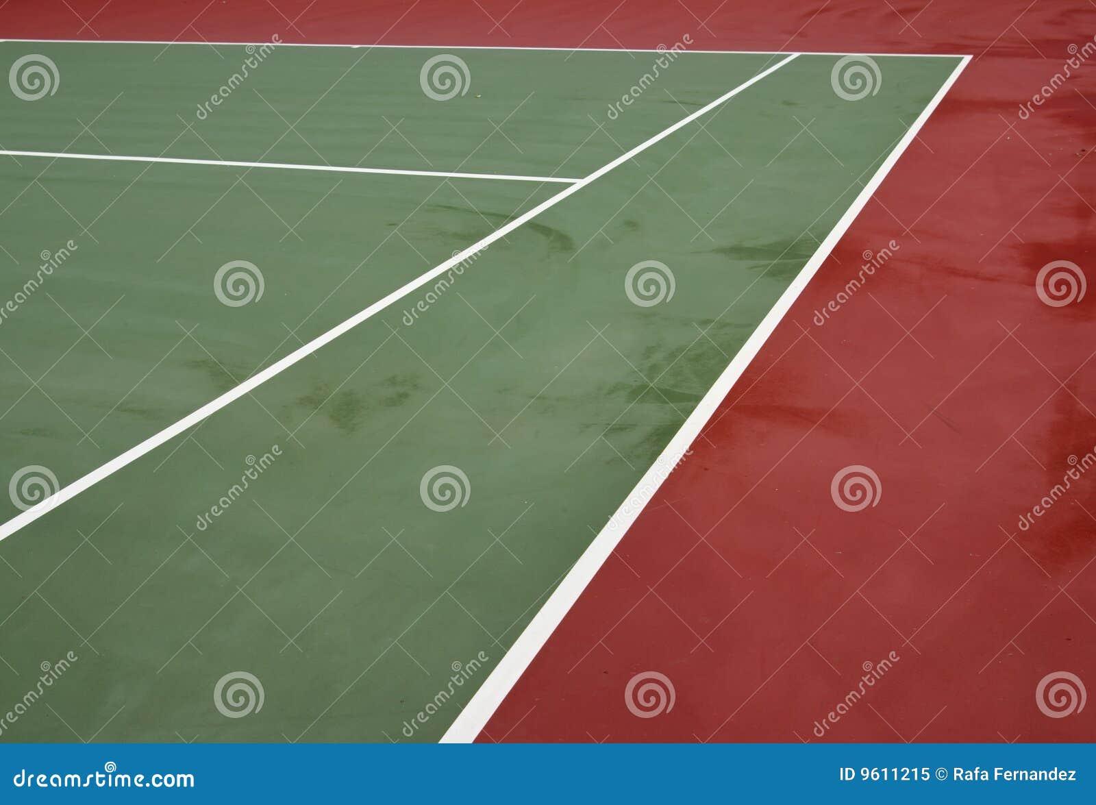 De lijnen van de tennisbaan royalty vrije stock foto afbeelding 9611215 - Verkoop synthetisch gras ...