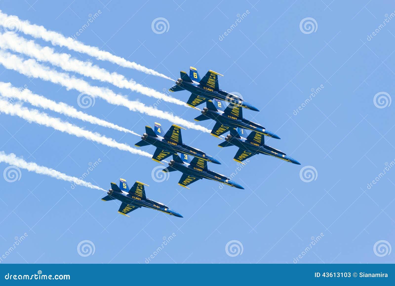 De Lucht en het Water van Chicago tonen, de Marineblauwe Engelen van de V.S.