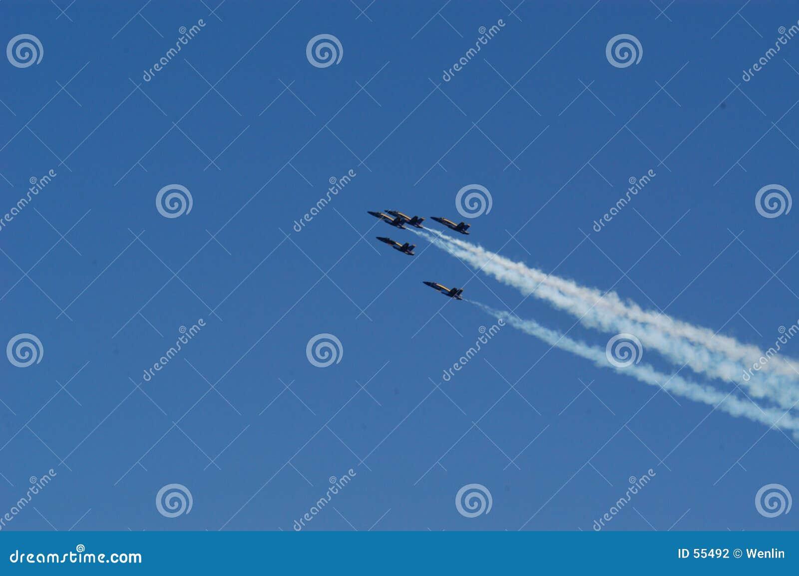 De lucht toont