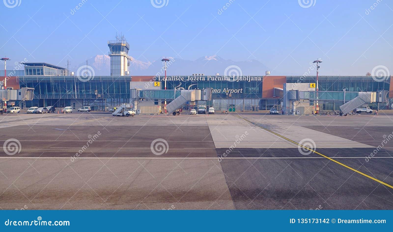 De Luchthaventerminal van Ljubljana