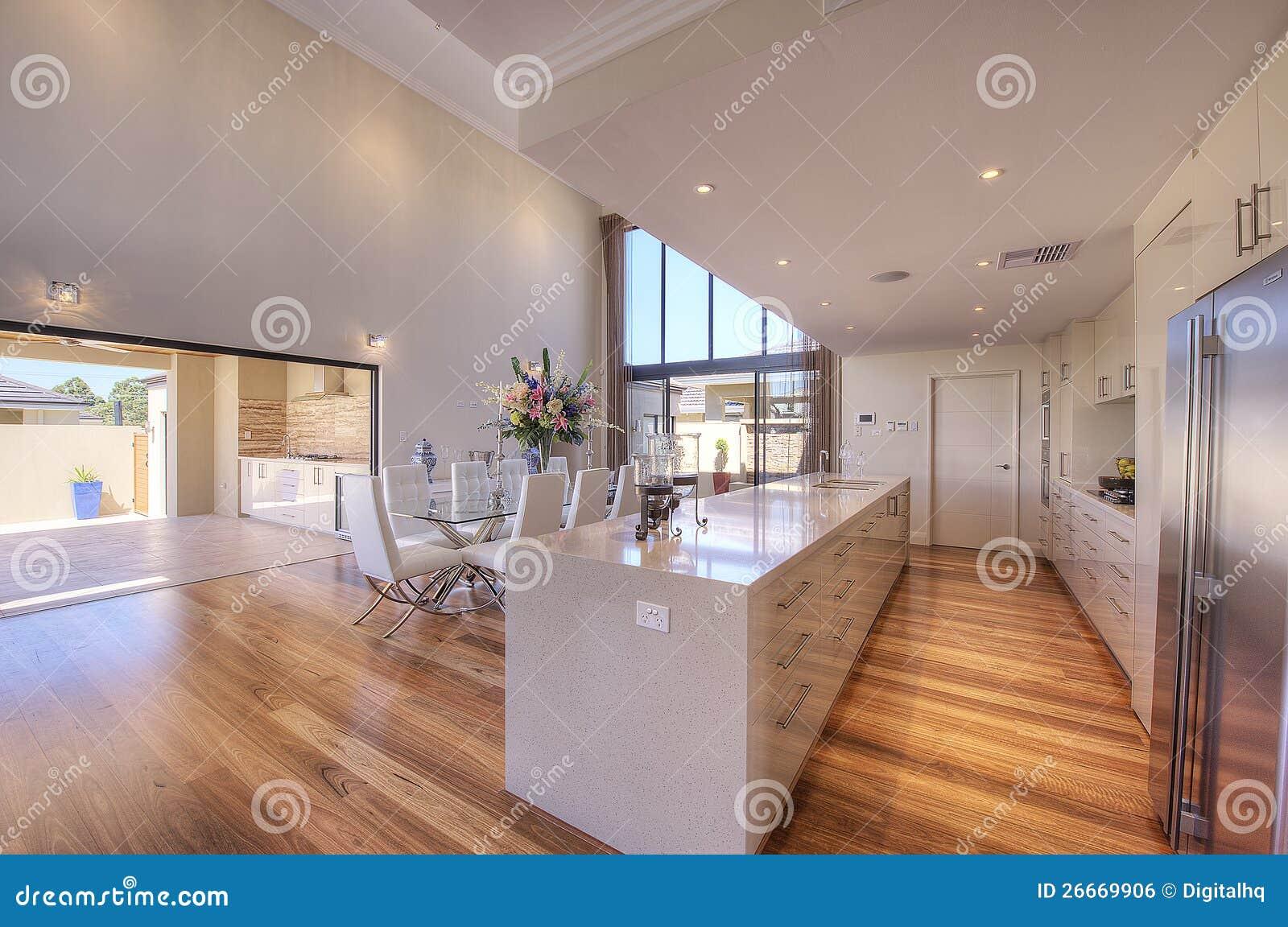 De luxueuze moderne keuken van het open plan royalty vrije stock afbeelding afbeelding 26669906 - Afbeelding van moderne keuken ...
