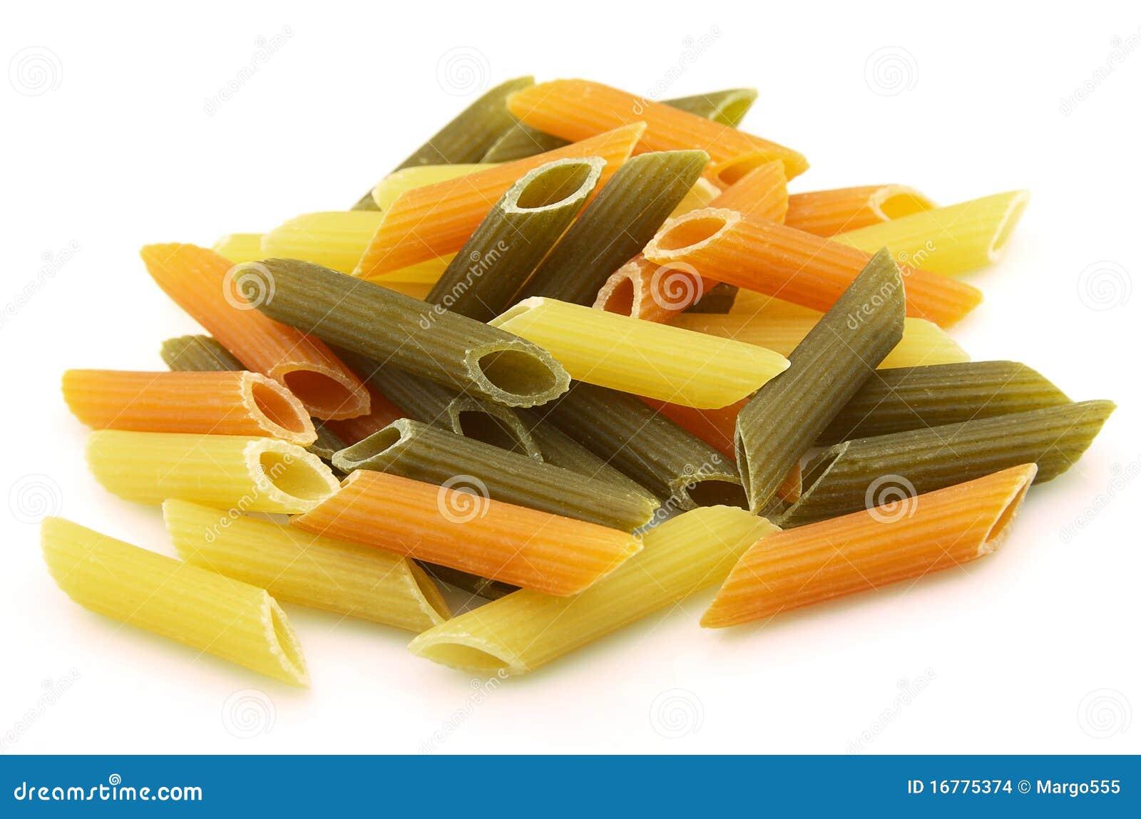 De macaroni van de kleur