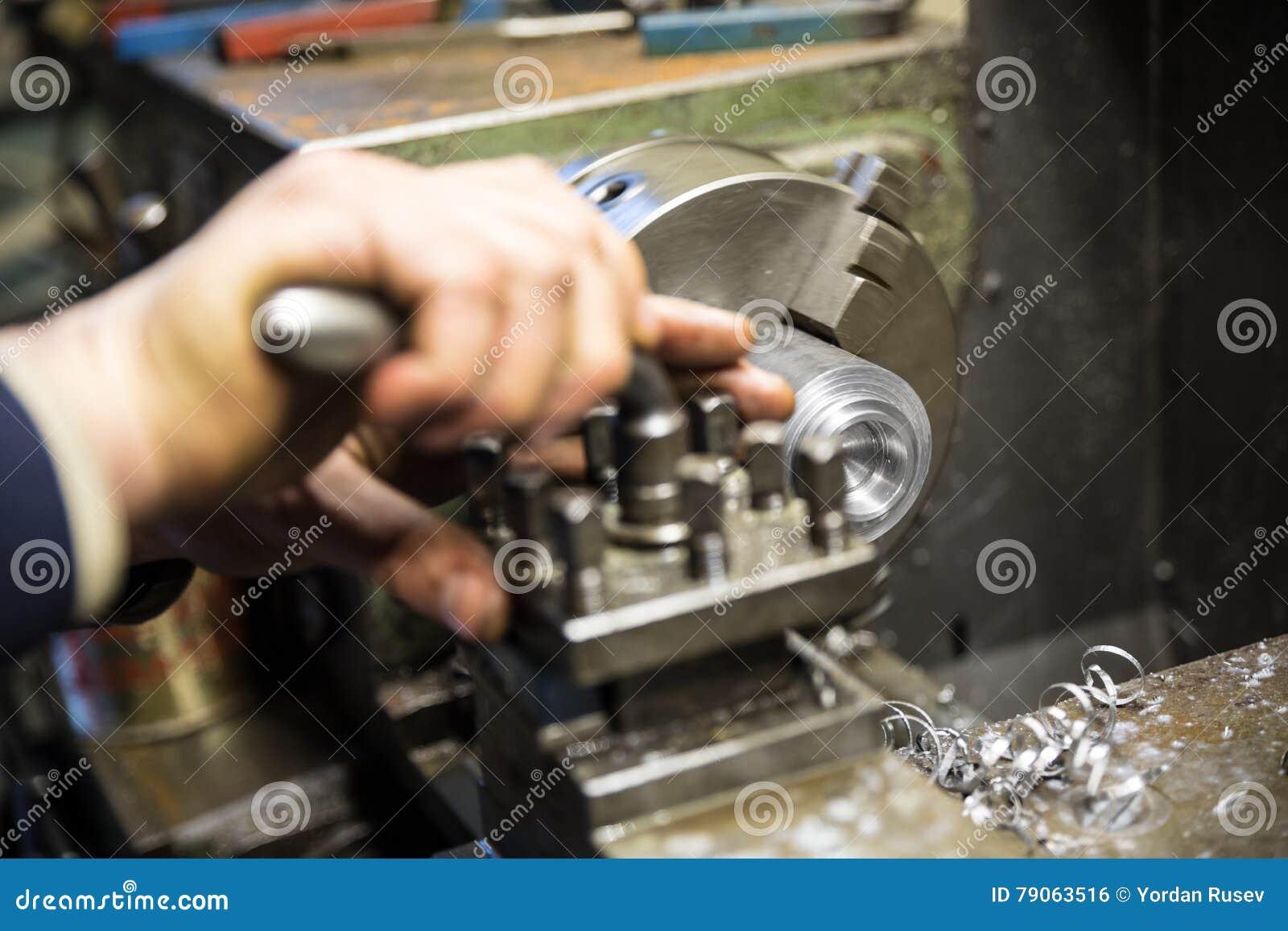 De machine van de draaibankmolen