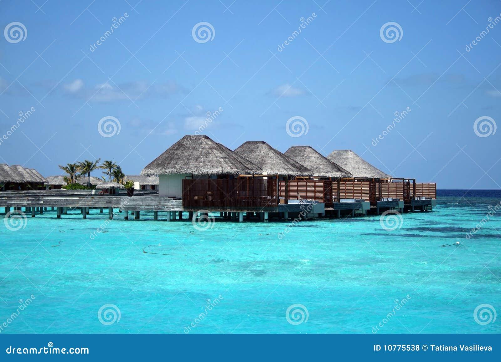 De Maldiven: water bungalow in de oceaan