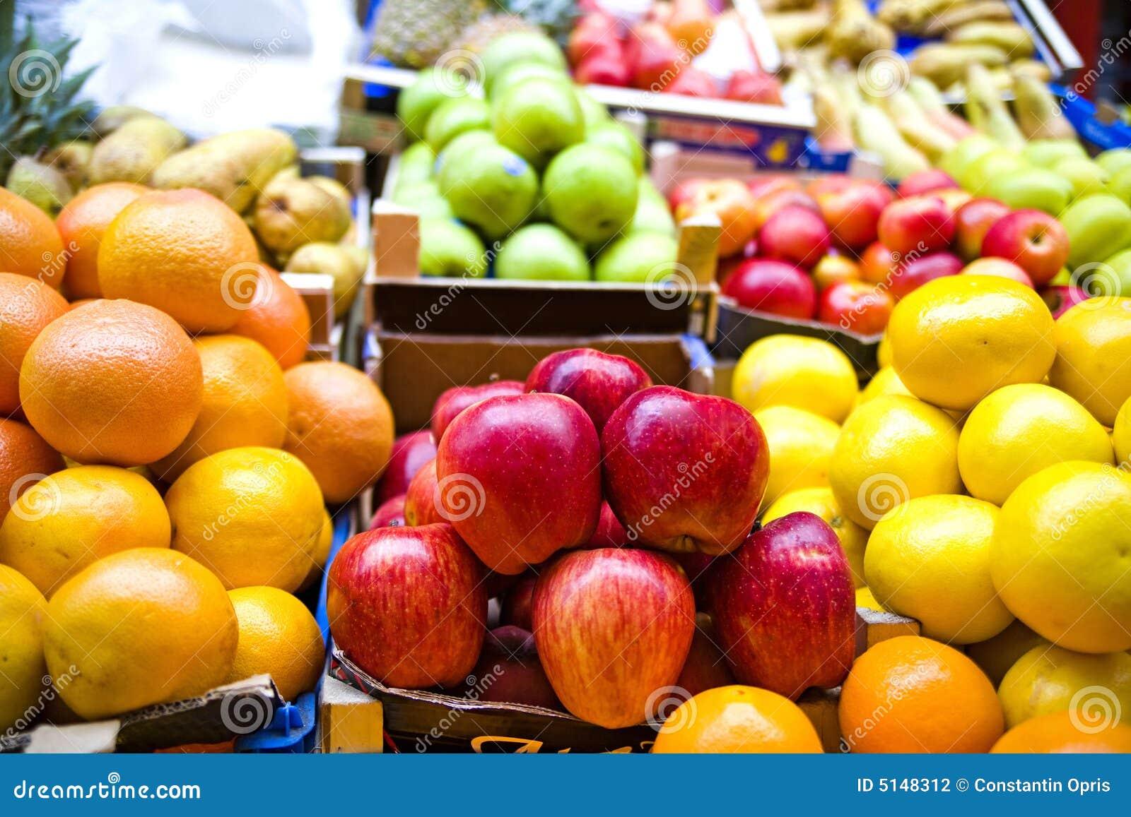 De markt van het fruit