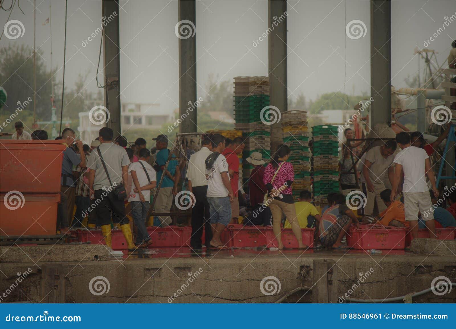 De markt van Sabahvissen