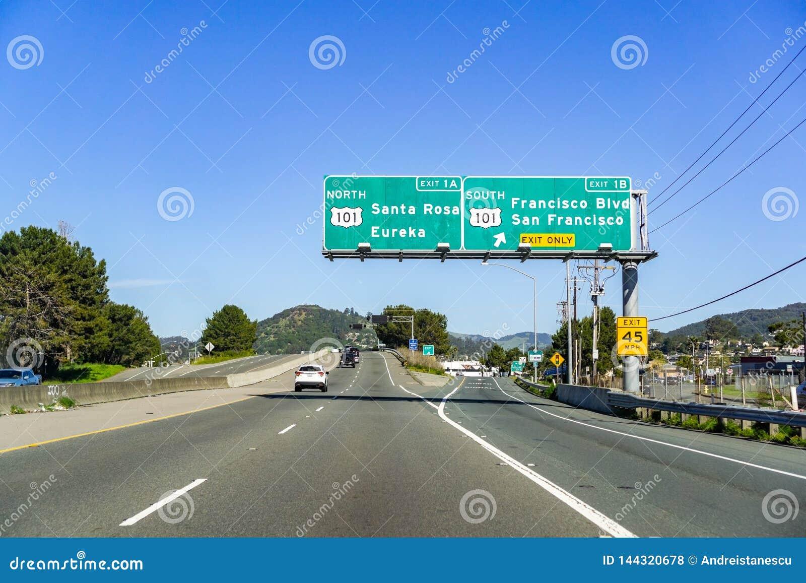 31 de marzo de 2019 San Rafael/CA/los E.E.U.U. - viajando en la autopista sin peaje hacia el valle de Sonoma, área de la Bahía de