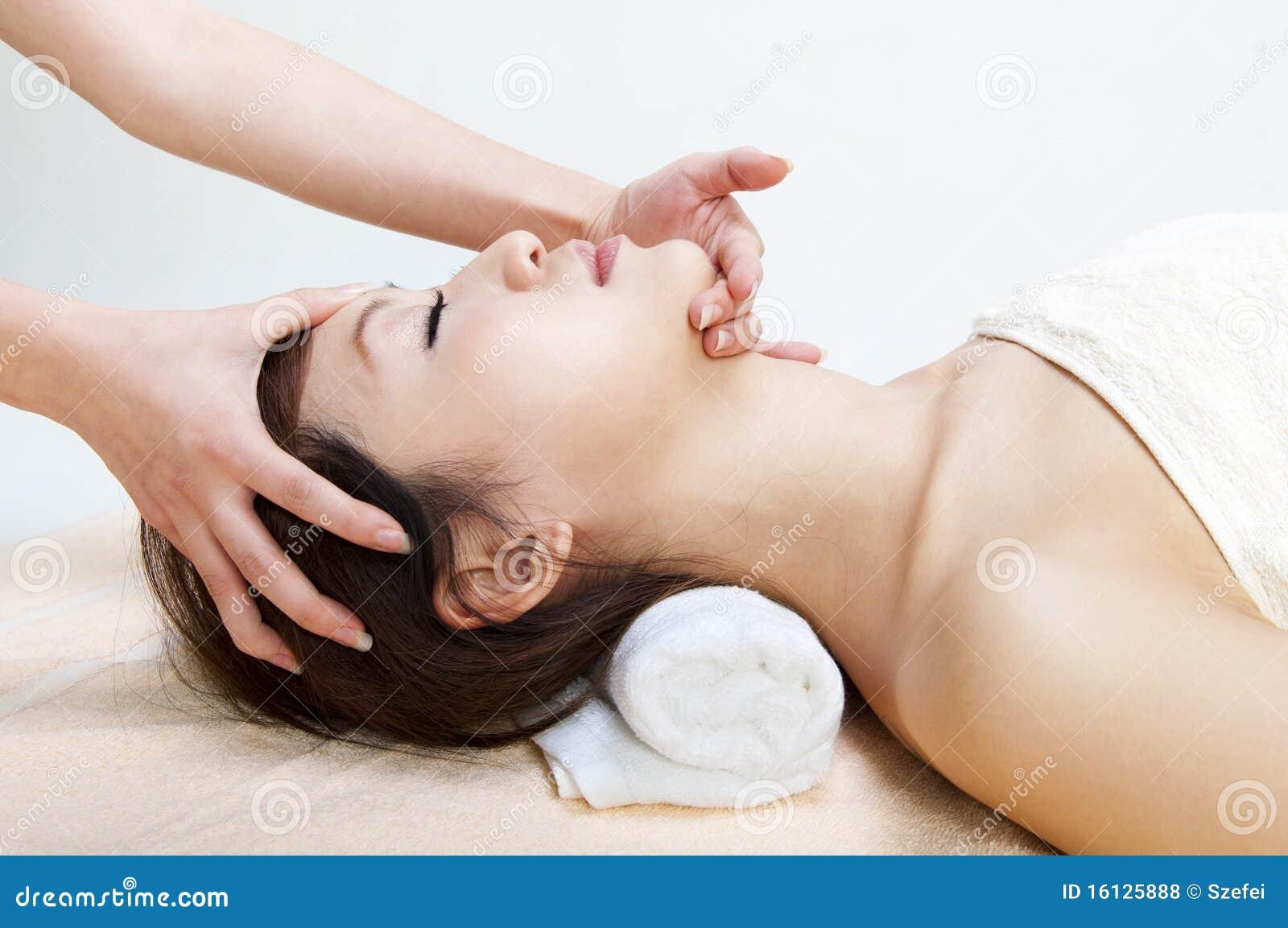 website massage gezicht zitten