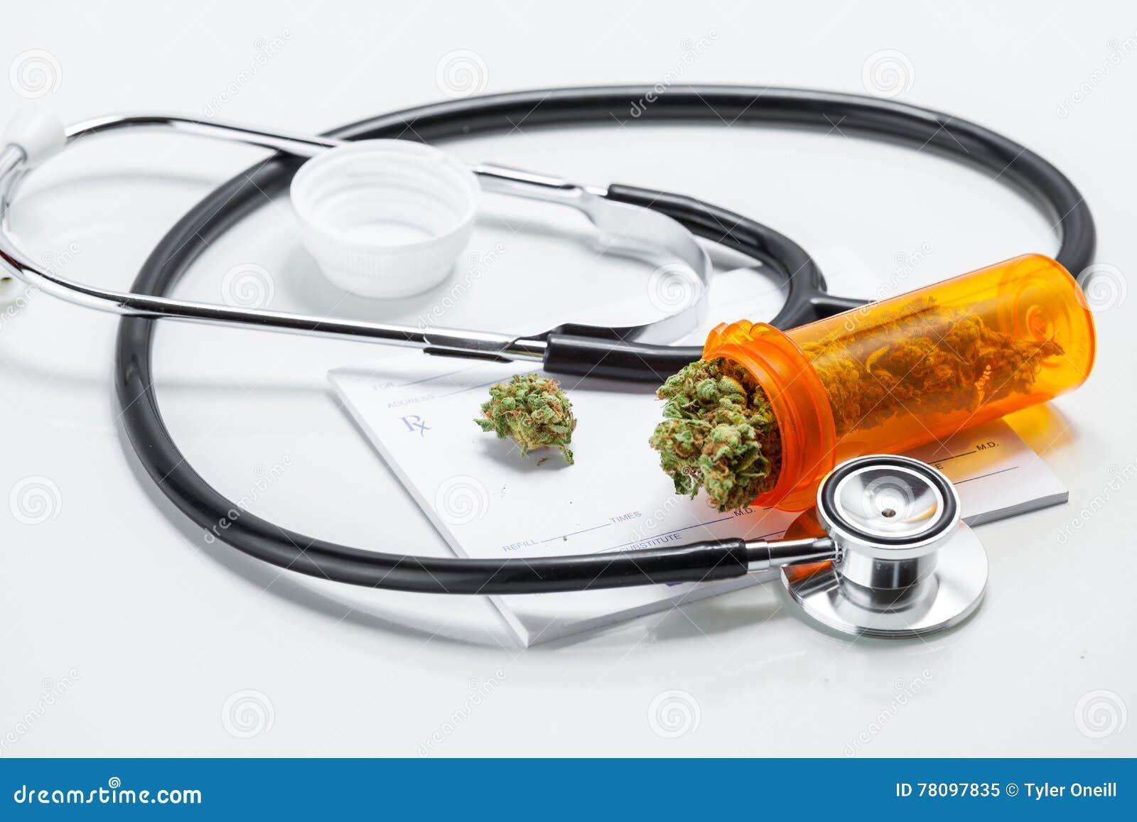 De medische Knoppen van de Marihuanacannabis met Artsenvoorschrift voor wij