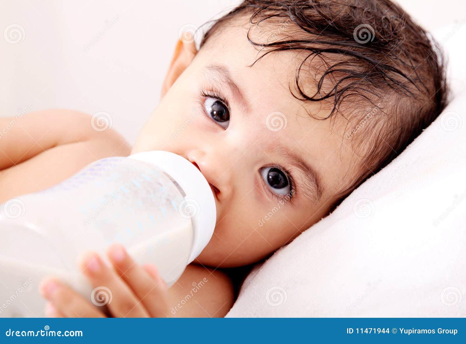 De melk van de baby