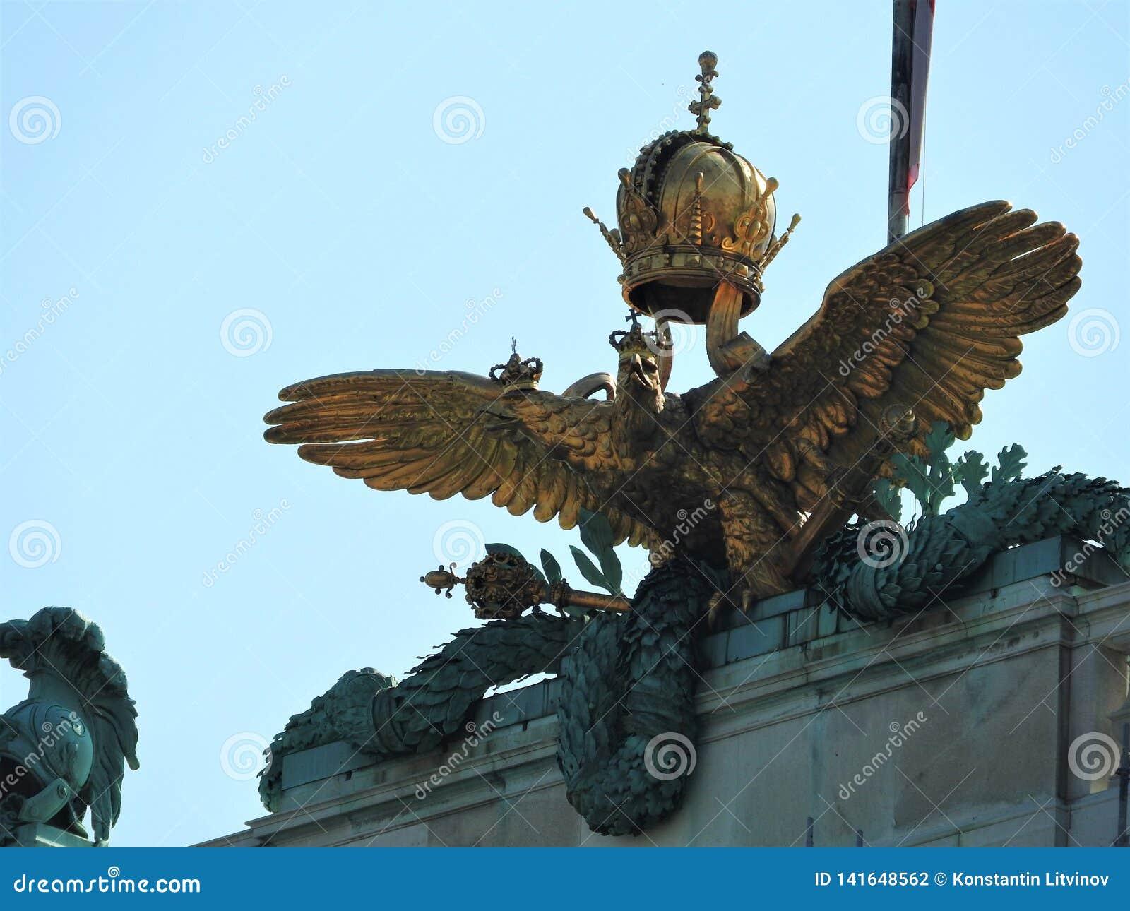 De mening van het Hofburgpaleis van Michaelerplatz, Wenen, Oostenrijk Het Imperiumoriëntatiepunt van Habsburg in beroemde en mooi