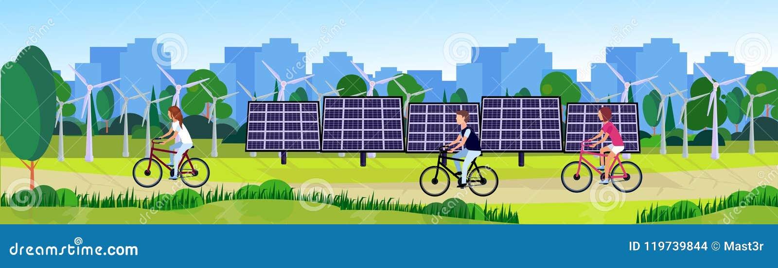 De mensen die van het stadspark van de de turbines zonne-energie van de schone energiewind van de de panelenrivier groene het gaz