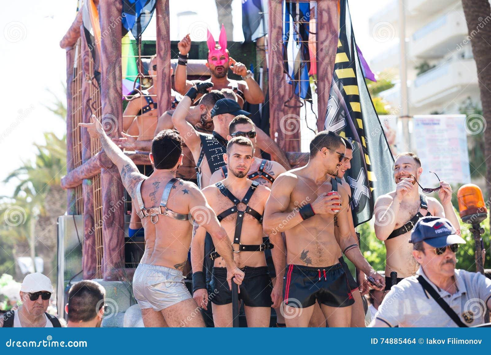 De mensen op trots paraderen, sitges, Spanje