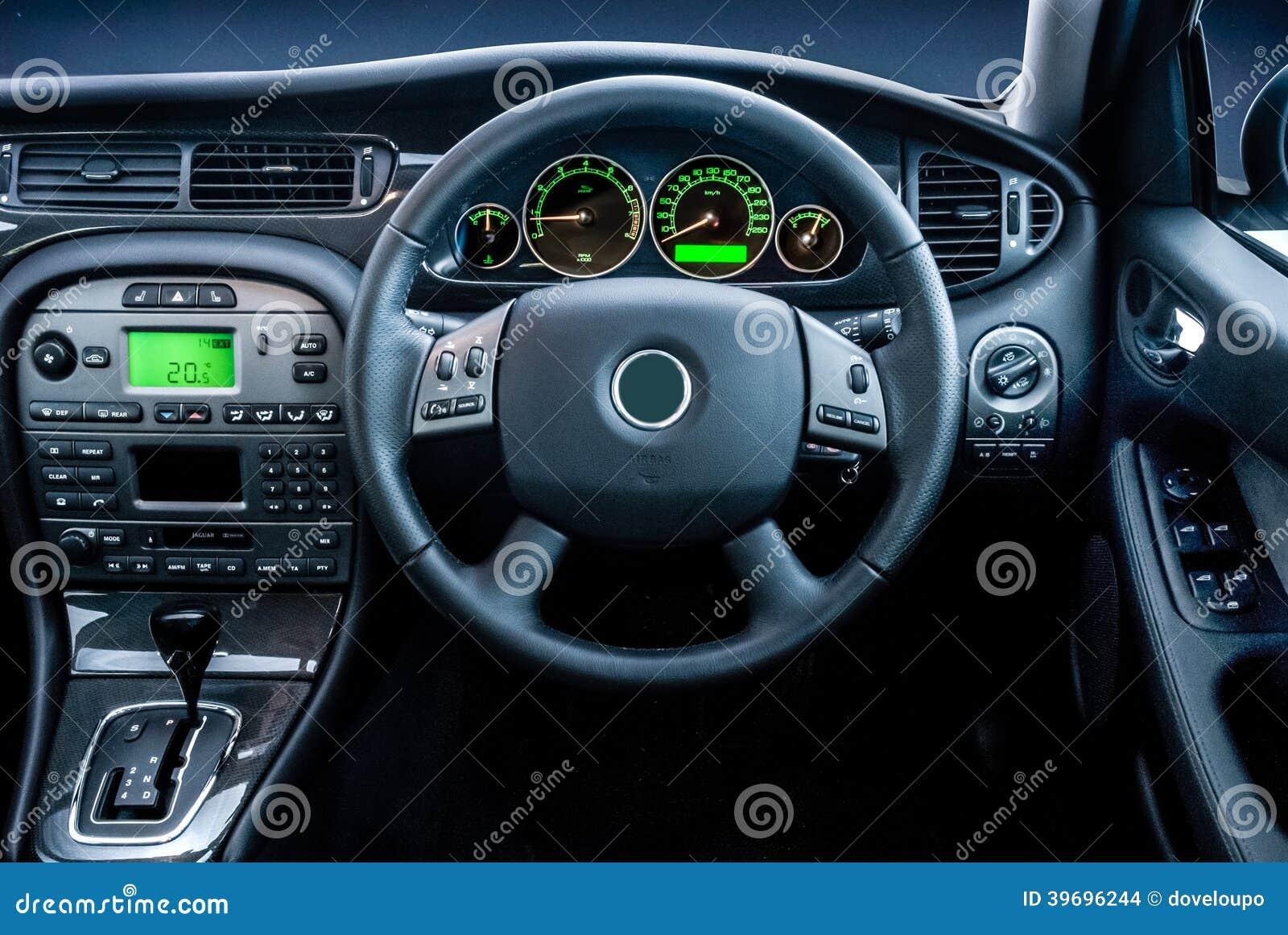 De Moderne Lichten Van Het Luxe Vehicel Dashboard Stock Foto