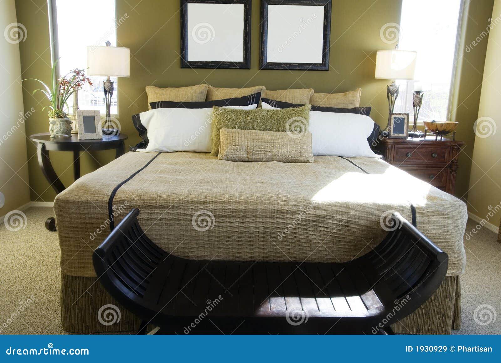 De Moderne Slaapkamer Van De Luxe Stock Afbeelding - Afbeelding ...
