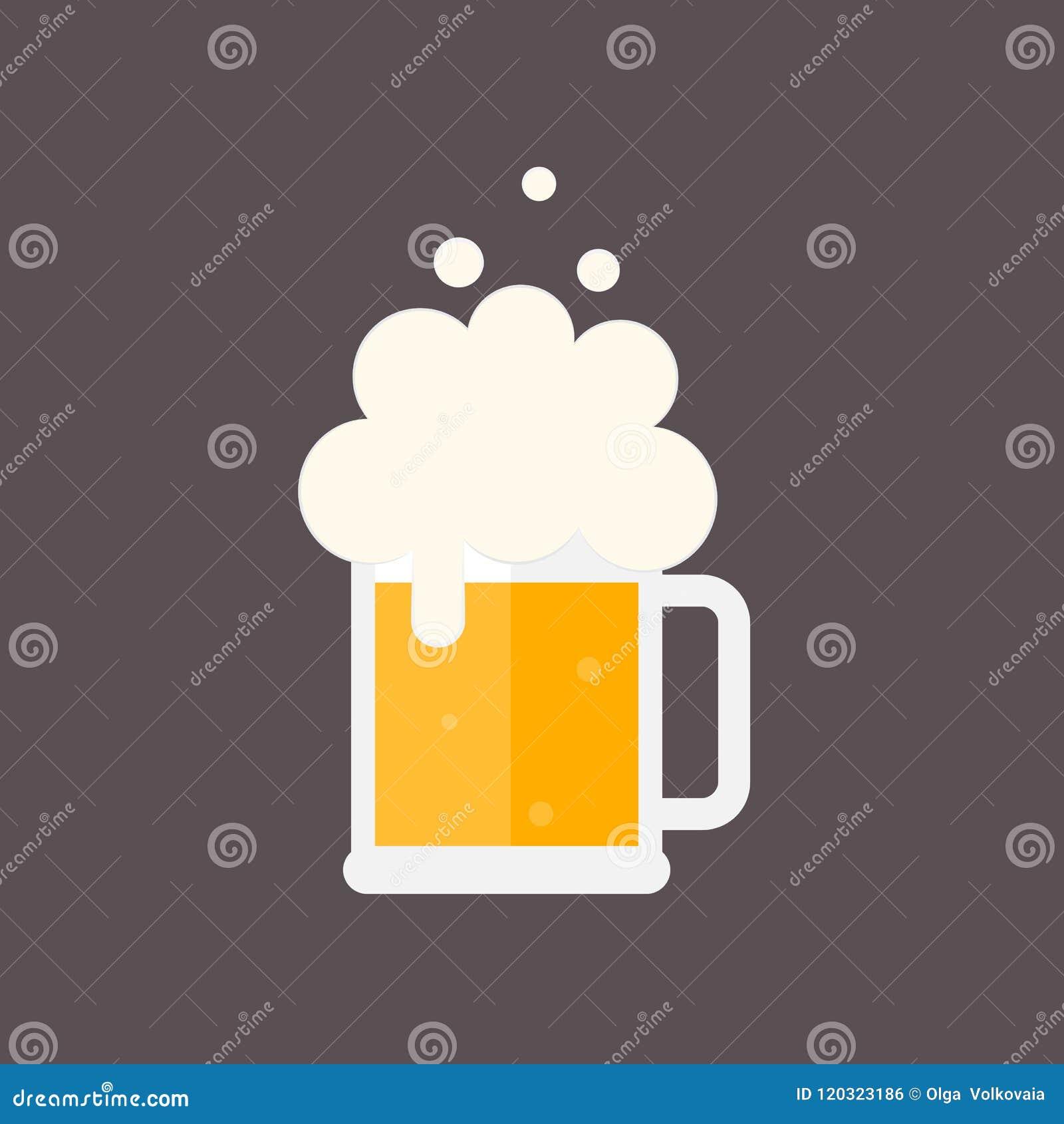 De mok van het bier met schuim
