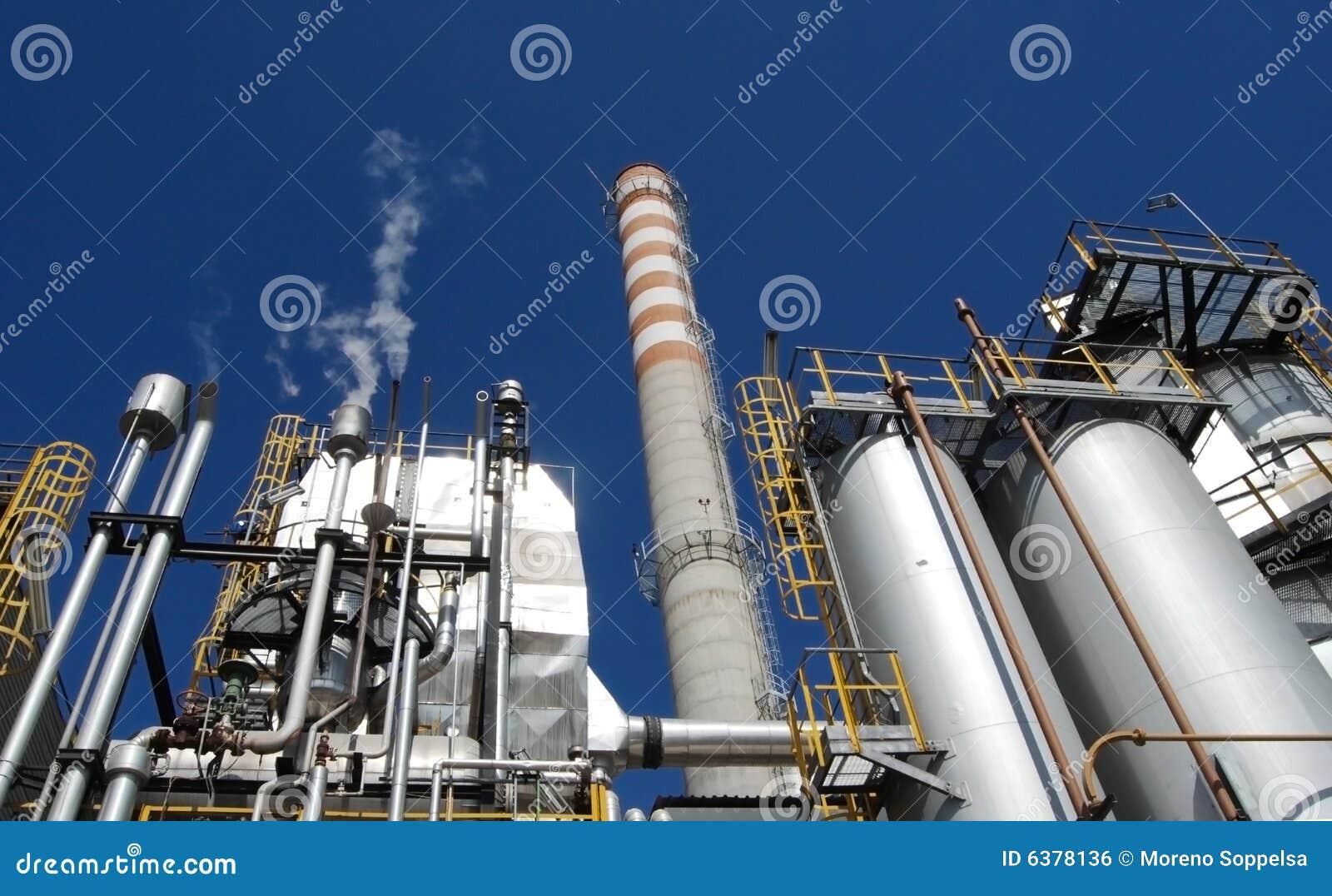De molen van het papier en van de pulp - de elektrische centrales van de Cogeneratie
