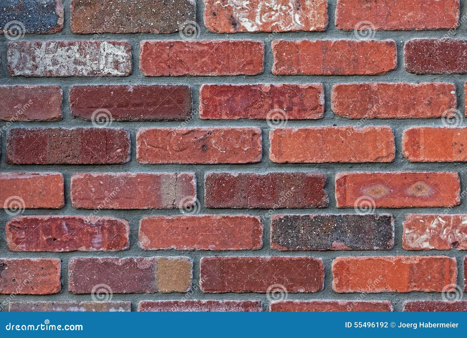 Grijze tegels keuken - Keuken rode en grijze muur ...