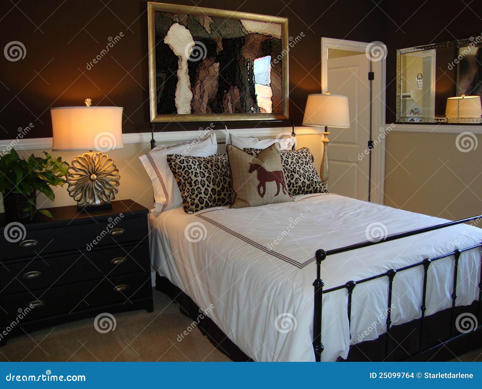 De Mooie Slaapkamer Van De Ontwerper Stock Afbeeldingen ...
