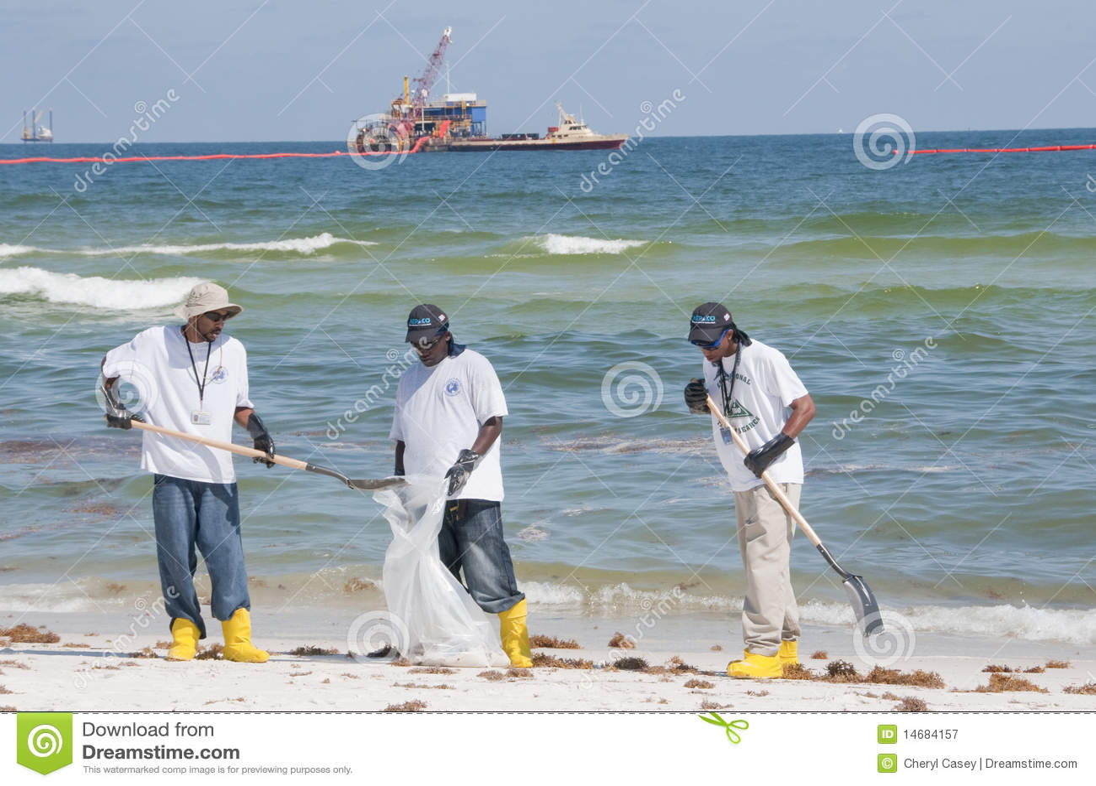 De morserijarbeiders van de olie bij kust