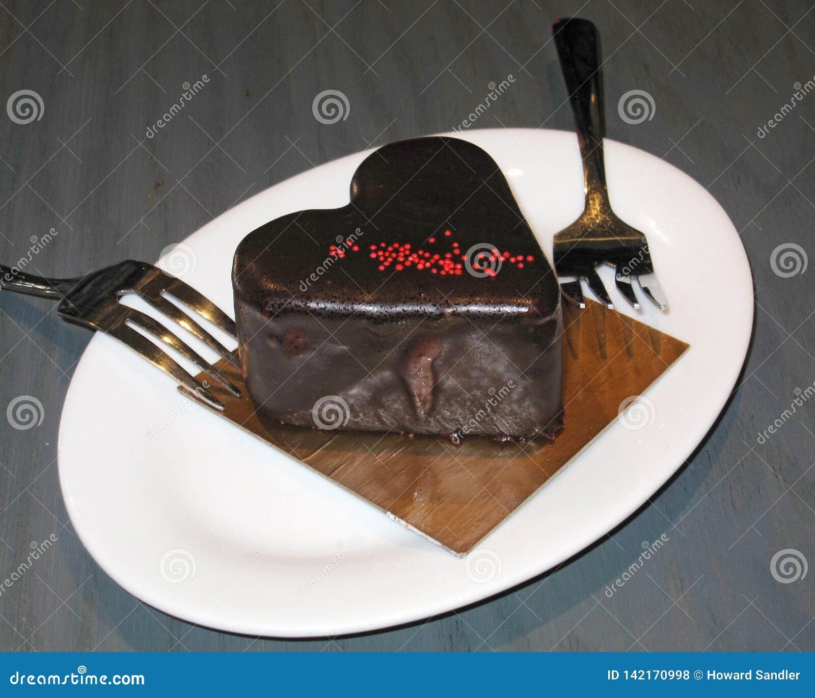 De moussecake van de Spaanse peperchocolade