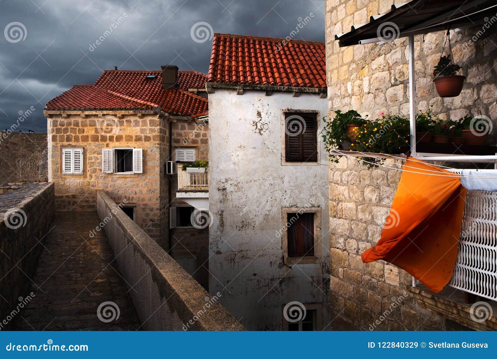 De muren van Dubrovnik Het gebruikelijke leven