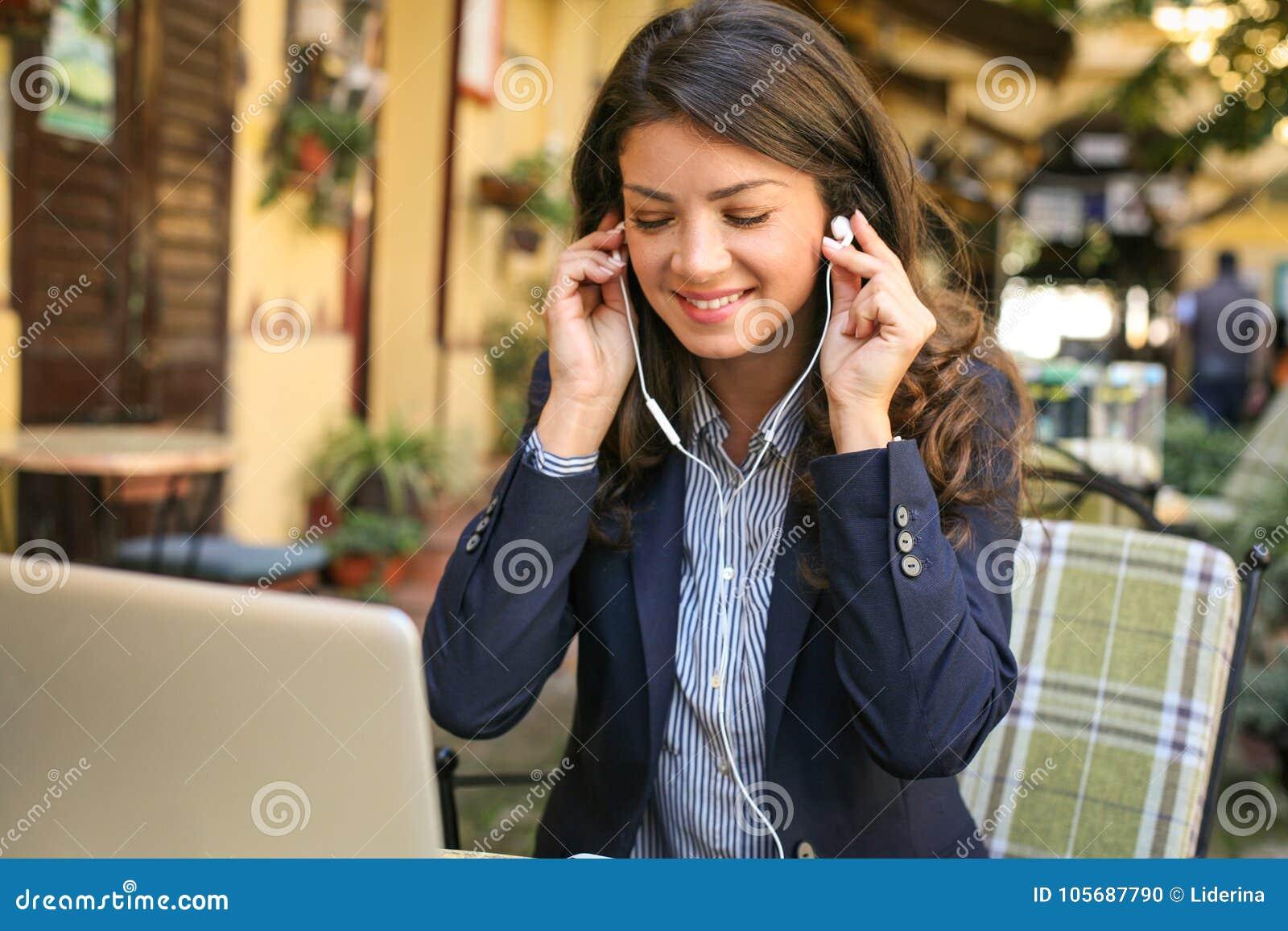 De muziek is goed voor zaken