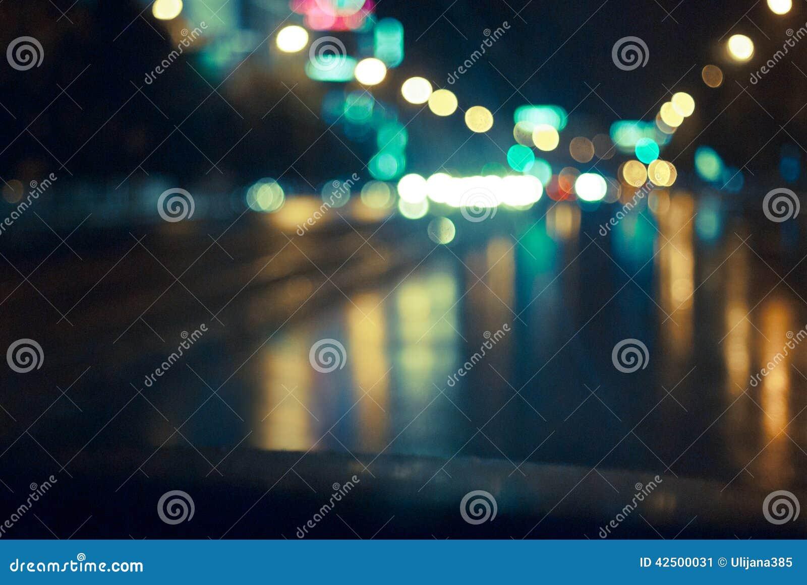 De nachtweg in de stad