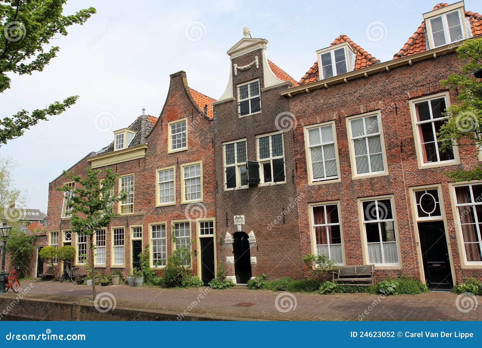 De nederlandse huizen van het kanaal stock foto afbeelding 24623052 - Huizen van de wereldbank ...