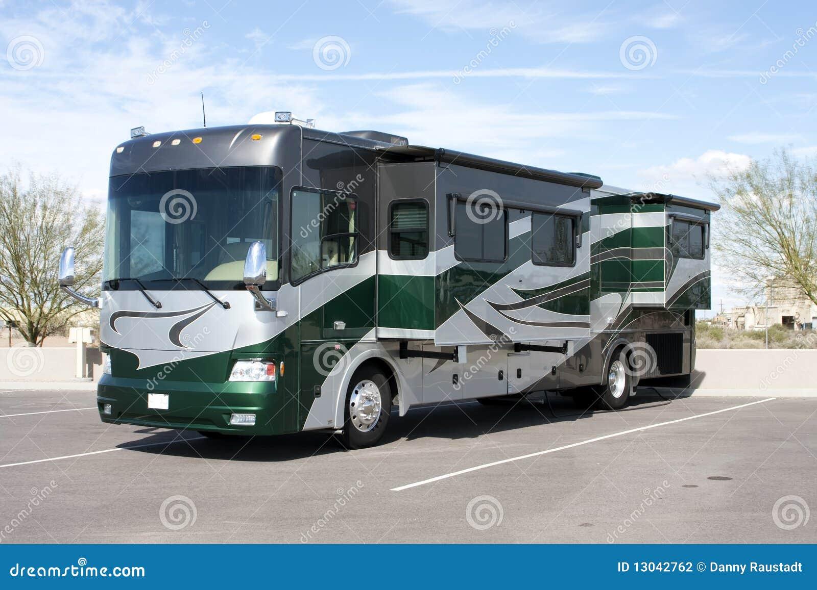 De nieuwe Bus van het Huis rv van de Motor van de Luxe