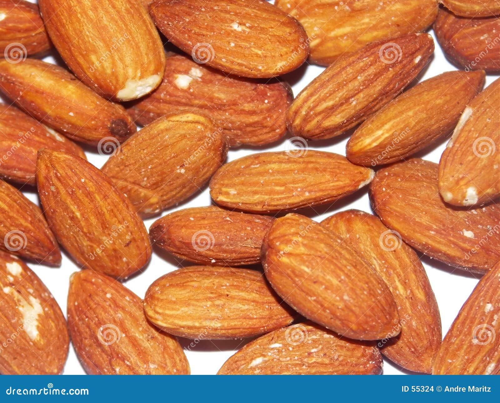 De noten van de amandel