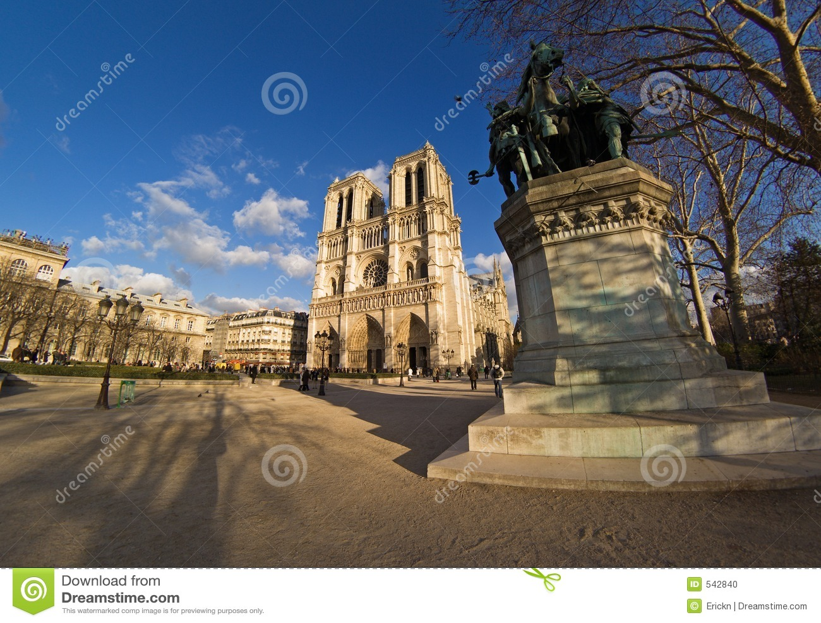 Download De notre巴黎贵妇人 库存照片. 图片 包括有 地标, 祷告, 教会, 都市, notre, 旅游业, 法国 - 542840