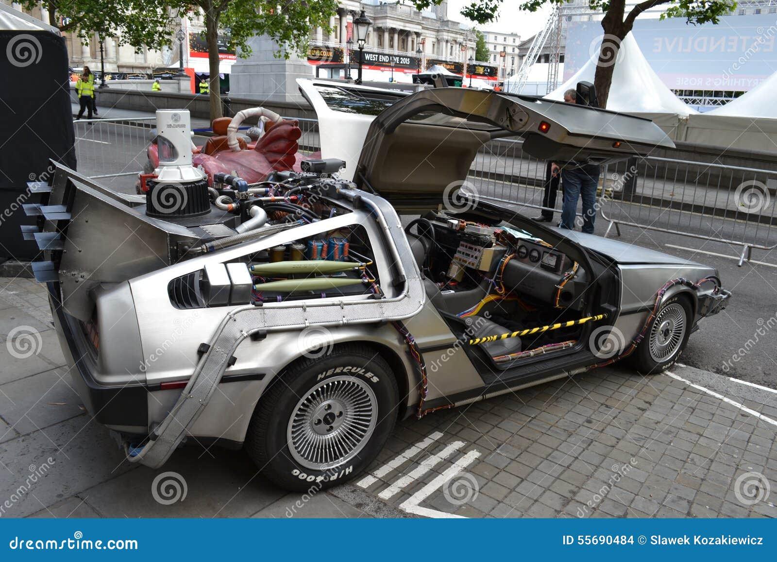 De nuevo al coche futuro